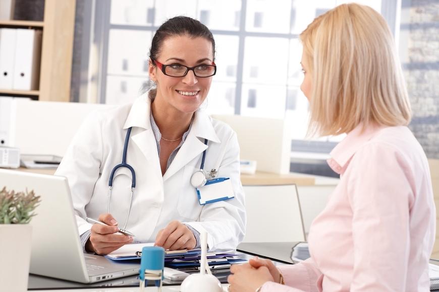 Reduccion de pecho, consulta médica