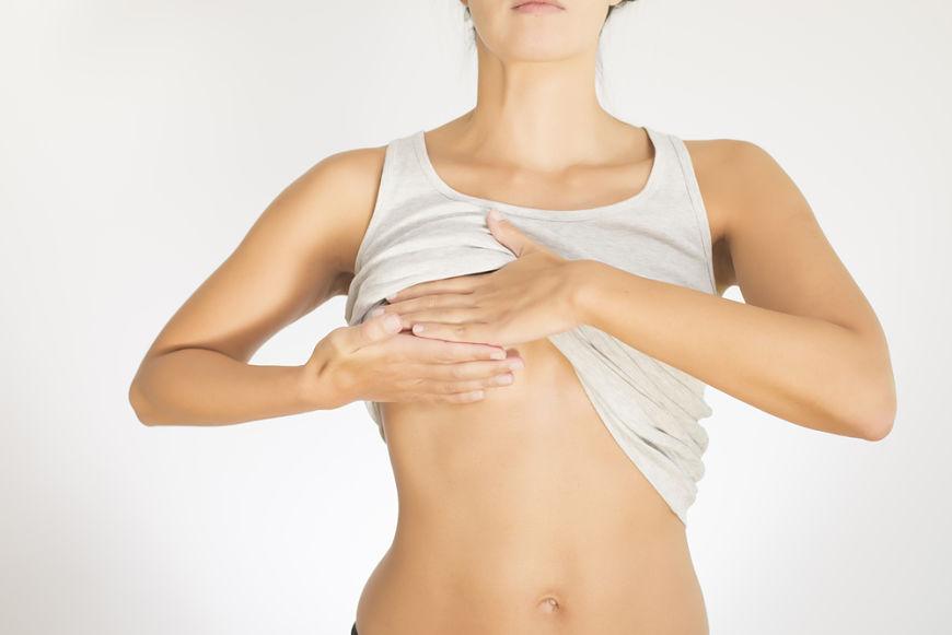 exploracion mamaria para detectar cáncer